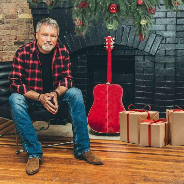 'CHRISTMAS SONGS AND STORIES' WITH JOHN BERRY AIRS ON CHRISTMAS EVE
